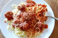 spaguetti and meatballs