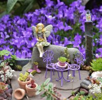 Cute Fairy Garden Table and Chairs