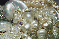 pearls and bobbles